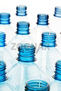 Plastikflasche. Leere Flaschen aus Kunststoff
