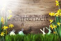 Sunny Easter Decoration, Gras, Gartenzeit Means Garden Time