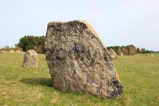 Findlingspark. erratic block in park.