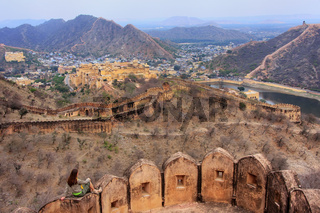 Defensive walls of Jaigarh Fort on Aravalli Hills near Jaipur, Rajasthan, India