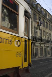 electrico - alte Straßenbahn in Lissabon