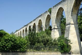 Aquädukt von Carpentras, Provence, Frankreich