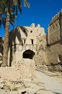 Lehmhaus in Bahla, Oman, Mudbrick building in Bahla, Oman