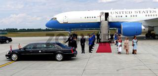 Belgrade, Serbia. 16th August, 2016. US Vice President Joseph 'Joe' Biden arrives in Belgrade, Serbia. US Vice President welcomes Serbiam PM Aleksandar Vucic at the Belgrade airport 'Nikola Tesla'