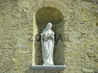 Holy Mary statue placed in a tuscan Church (Italy)