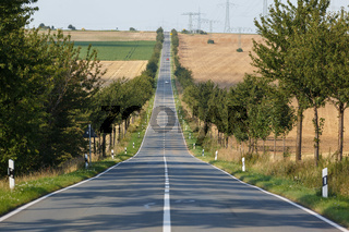 Landstrasse gerade Streckenführung