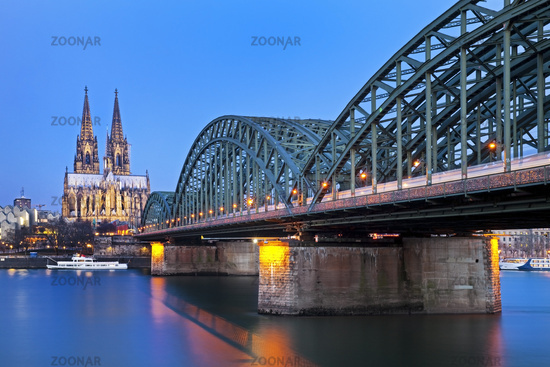 Cologne Cathedral and Hohenzollern Brigde in the evening, Cologne, Rhineland, Germany, Europe