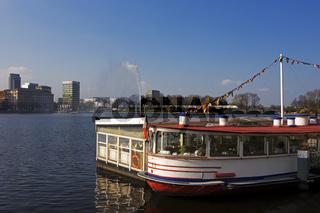 Boat Restaurant  on River Alster, Hamburg, Germany, Bootsfestaurant auf Alsterschiff auf der Binnenalster, Hamburg, Deutschland