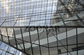 Glasfront am Hauptsitz der Landesbank Baden-Württemberg und Sparkassenverband, Stuttgart, Baden-Württemberg, Deutschland, Europa