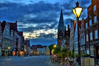 Lüneburg im Morgengrauen