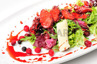 Roasted duck fillet salad with berry sauce