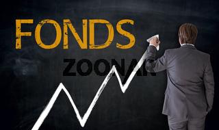 Businessman schreibt Fonds auf Tafel Konzept