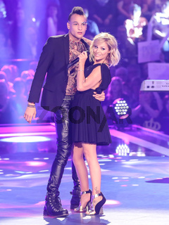 DSDS Gewinner 2016 Sänger Prince Damien und Sängerin Michelle in der ARD TV-Show Schlager Countdown in Oldenburg am 25.03.2017