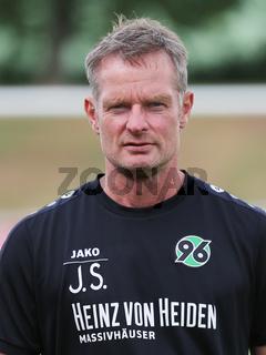 Torwarttrainer Jörg Sievers Hannover 96 DFB 2.Fussball-Bundesliga Saison 2016-17
