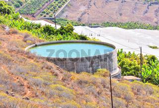 Round Water Pond
