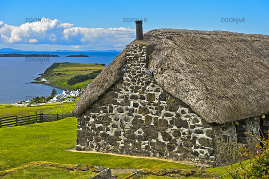 Thatched crofter's cottage near Stein, Loch Bay, Isle of Skye, Scotland, Great Britain