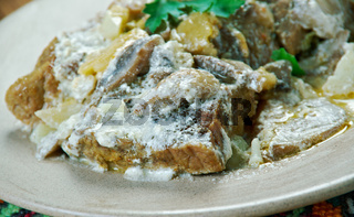Braised veal with mushrooms