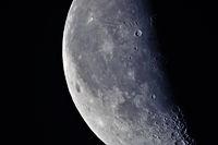 Mond am 7.Mai 2010
