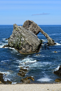 Der Felsen Bow Fiddle Rock, Portknockie, Moray Firth, Schottland, Grossbritannien