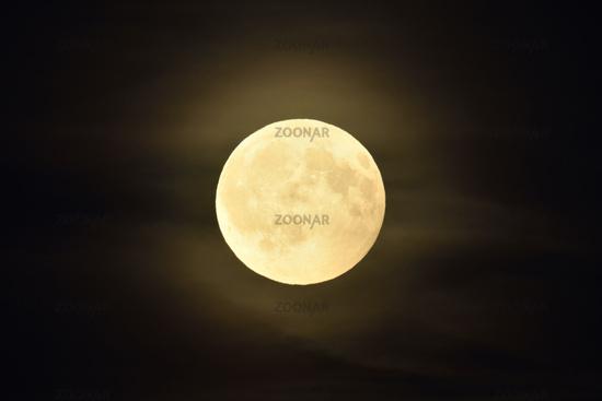 shining bright... Full Moon *Luna luna*