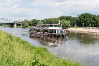 Flussfahrt bei Minden