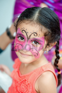 01135 - BEAUTIFUL CUTE GORGEOUS GIRL CHILD WITH FACE PAINT.jpg