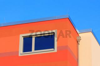 saniertes rotes Gebäude, 2