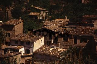 Alte Haeuser in Deia. Mallorca