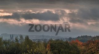 Stadt Hof - An einem Morgen im Oktober