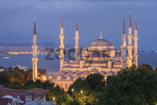 The Blue Mosque at dusk, Istanbul, Turkey.