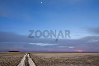 Abendstimmung am Salzsee Salar de Uyuni, Bolivien, Altiplano, Suedamerika, Evening vibe at salt lake Salar de Uyuni, Bolivia