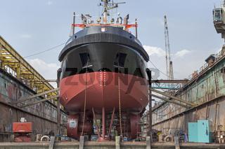 Schiff im Trockendock, Hafen, Hamburg, Deutschland