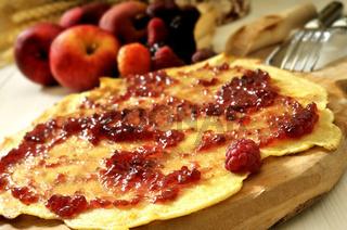 Pfannkuchen mit Marmelade