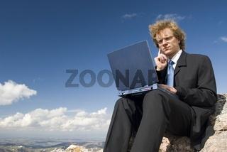 Geschäftsmann im Freien