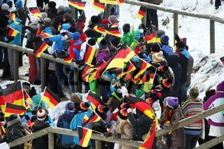 FIS-Weltcup Skispringen 17-18, Neustadt, Teamwettkampf