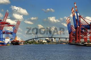 Hamburger Hafen und Köhlbrandbrücke