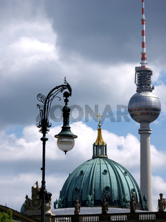 Berlin-Dom-Fernsehturm