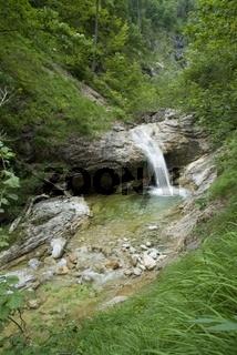 Wasserfall im Joerglgraben im Nationalpark Kalkalpen