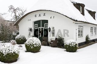 Reetdachkate in Sieseby im Winter