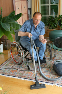 Mann im Rollstuhl - Man in a wheelchair
