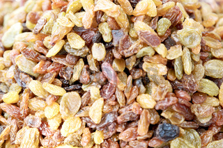in the bazzar lots of dried  raisin fruits