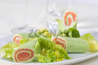 Lachs mit Salat