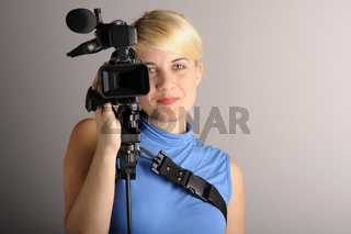 junge Frau Videokamera | young woman video camera