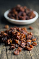 Sweet dried raisins.
