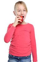 Mädchen Kind Apfel Obst Früchte essen Herbst gesunde Ernährung isoliert Freisteller freigestellt