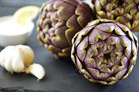 artichokes with garlic