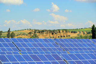 Solaranlage auf Feld