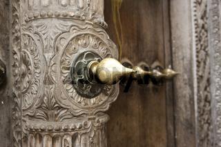 Typische arabische Tür in Stone Town