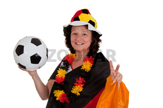 Weiblicher Fußballfan mit Ball