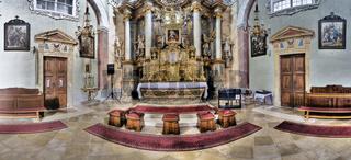Barocke Dorfkirche in Niederhollabrunn, Weinviertel, Niederösterreich, Österreich